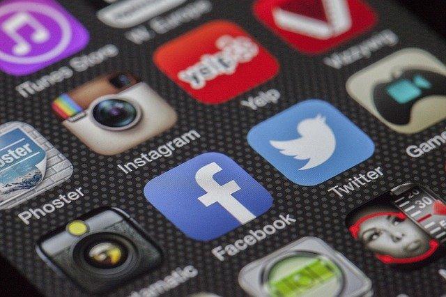 sociálne médiá.jpg